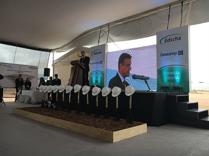 Edscha builds its new plant in Mexico.