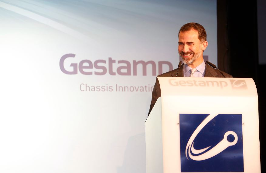 Felipe VI during the opening of the Chassis Innovation Center